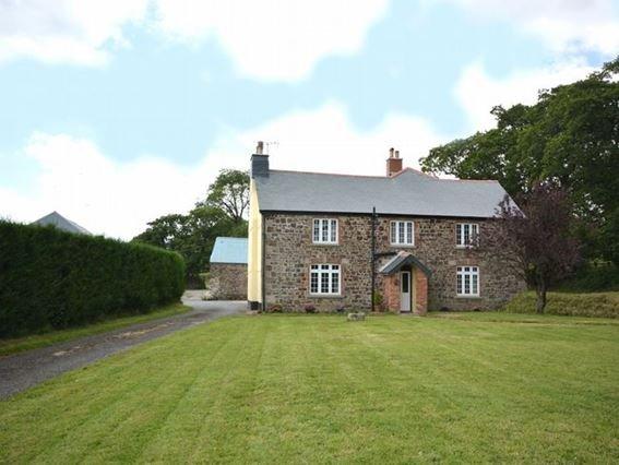 View towards the property - ESTRA - Devon - rentals