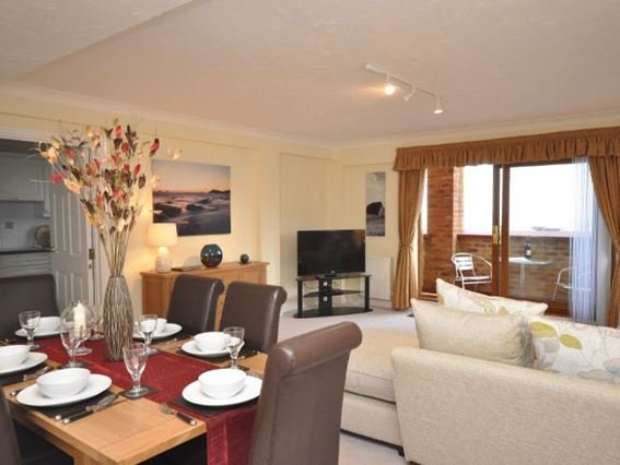 Lounge/dining area and balcony with glorious sea views - OCEA5 - Westward Ho - rentals