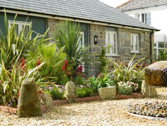 The property with lovely well established gardens to relax in - FCH6251 - Cornwall - rentals
