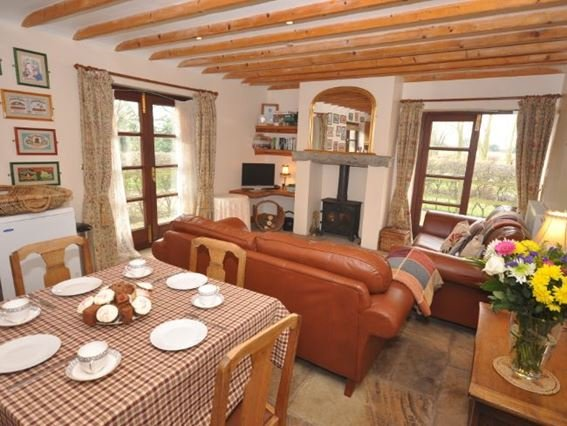 Living area with attractive slate floors and a woodburner - GLEBE - Somerset - rentals