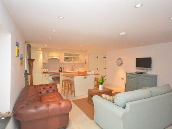 Open plan living accomodation - FCH7654 - Cornwall - rentals