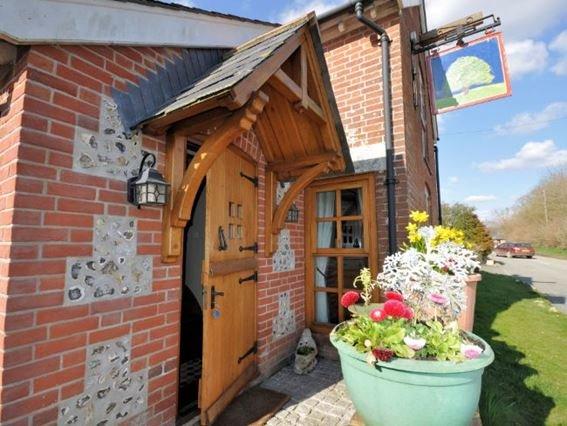 View towards the property - CREST - Dorset - rentals