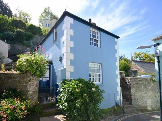 View towards the property - FCH8798 - Kingswear - rentals