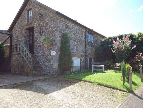 View towards the cottage with garden and parking - AGRAN - Alverdiscott - rentals