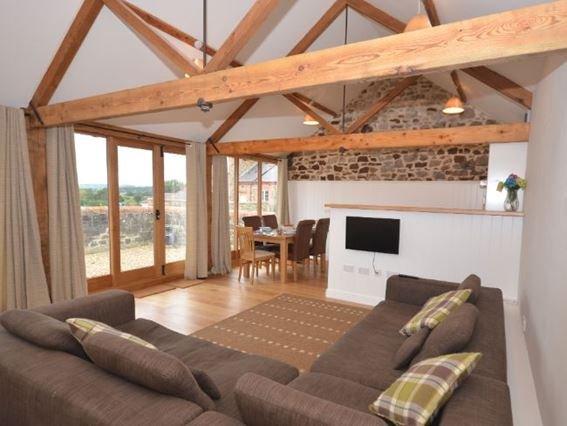 Spacious open plan lounge - THROO - Devon - rentals