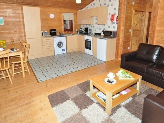 Open-plan lounge/kitchen/diner - STRAT - Tomich - rentals