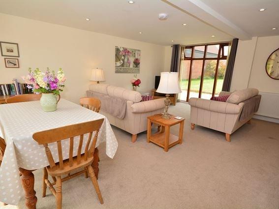 Lounge/dining area - FCH9718 - Wimborne Saint Giles - rentals