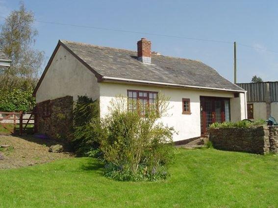 View towards the property - WASTA - Devon - rentals