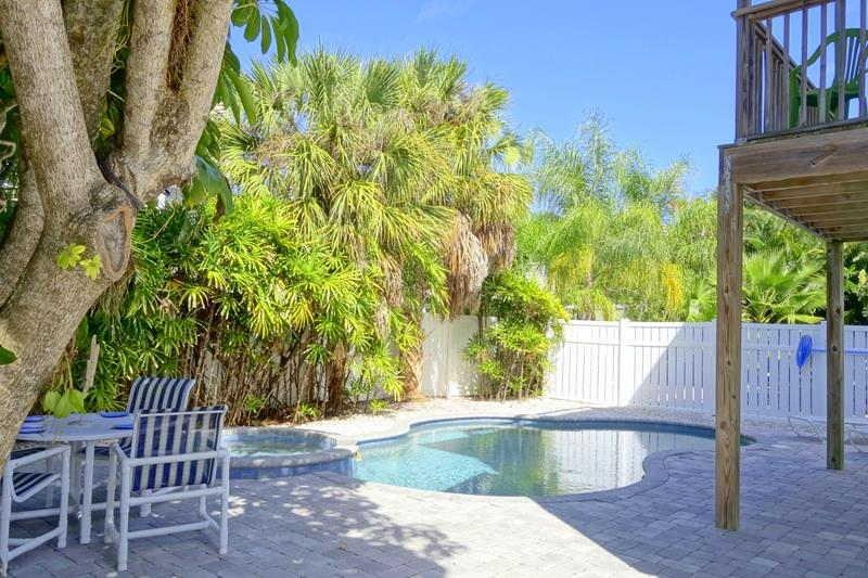 Pool 1 - SAND DOLLAR - Holmes Beach - rentals