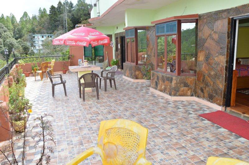 terrace - HIMADRI GUEST HOUSE SHITLAKHET ALMORA - Almora - rentals
