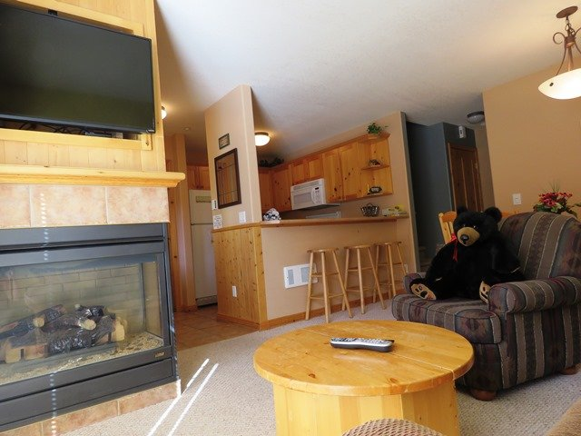 Living Room Kitchen - Crystal Forest Condos - 04 - Sun Peaks - rentals