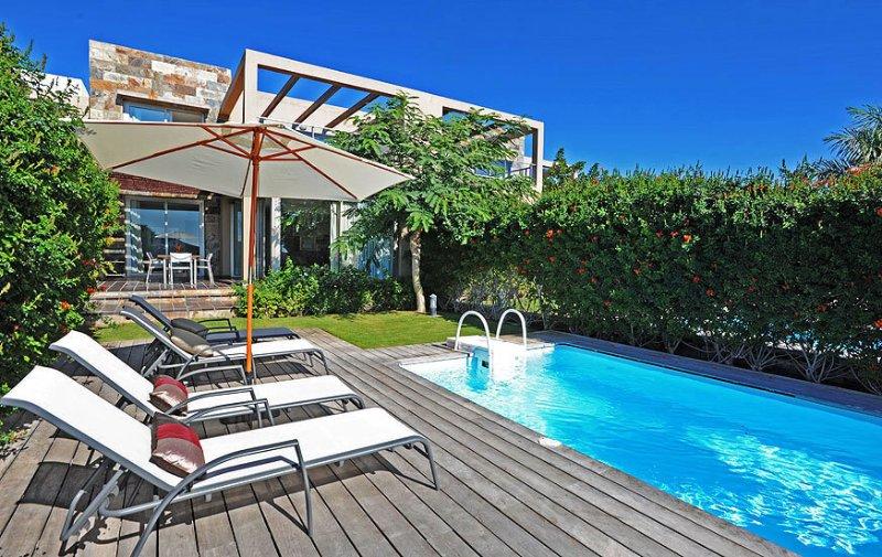 Holiday villa with 3 bedrooms and pool - Image 1 - Maspalomas - rentals