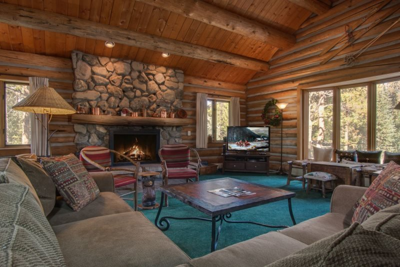 Lenawee Log Home - Free Lift Tickets with the rental of this log home! - Image 1 - Keystone - rentals