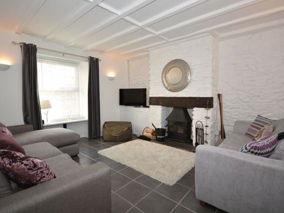 Lounge with woodburner - 27276 - Appledore - rentals