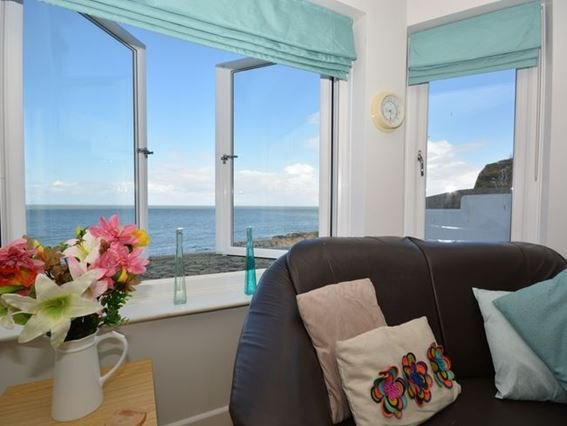 Enjoy sea views from lounge - FCH283 - Ilfracombe - rentals