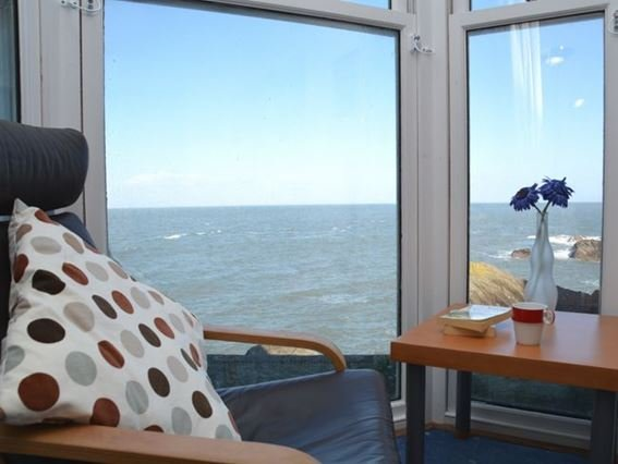 Enjoy the uninterrupted sea views from the lounge - CAPS4 - Ilfracombe - rentals