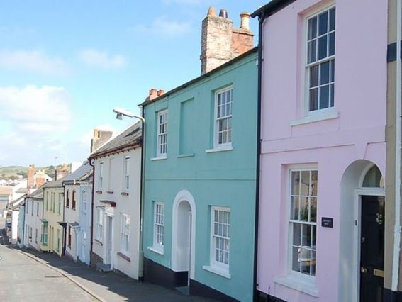 View of the property (Pink building) - CAPTR - Appledore - rentals