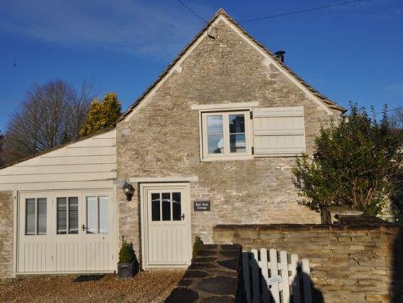 View towards property - 29026 - Quenington - rentals