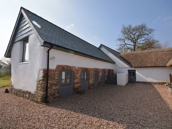 Pretty Converted Barn - 29847 - Butterleigh - rentals