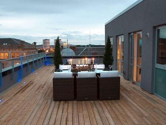 Wrap-around decking with panoramic views - 31857 - Glasgow - rentals