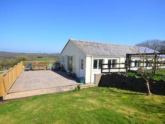 View towards the property from the garden - FCH31993 - Devon - rentals