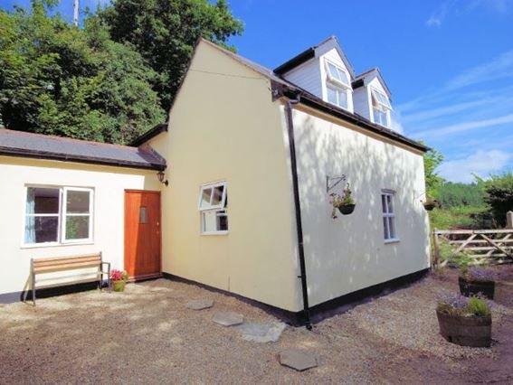 View of the property - ANNAS - Devon - rentals