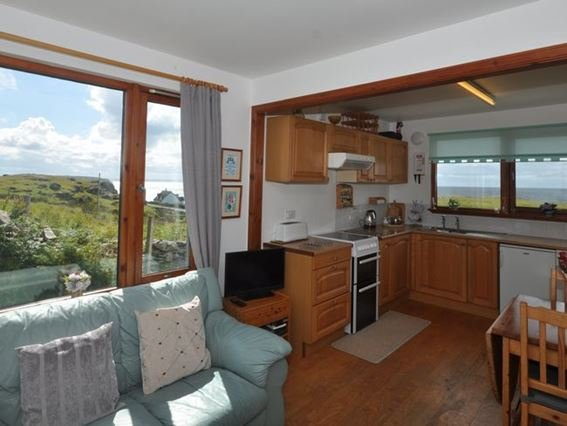 Lounge/kitchen/diner with far reaching views - 32143 - Achiltibuie - rentals