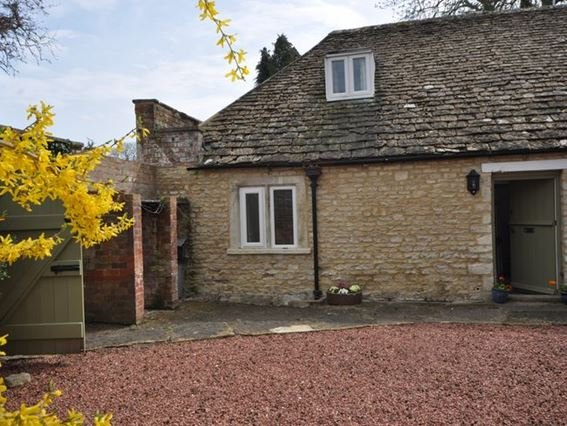 View towards the property - 32284 - Cirencester - rentals