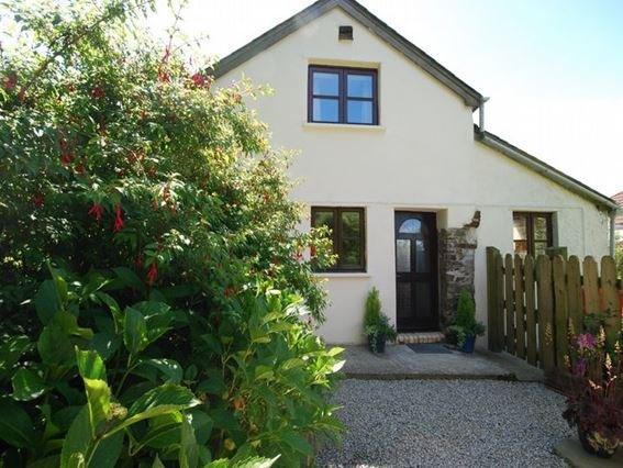 View towards the property - CLOVE - Devon - rentals