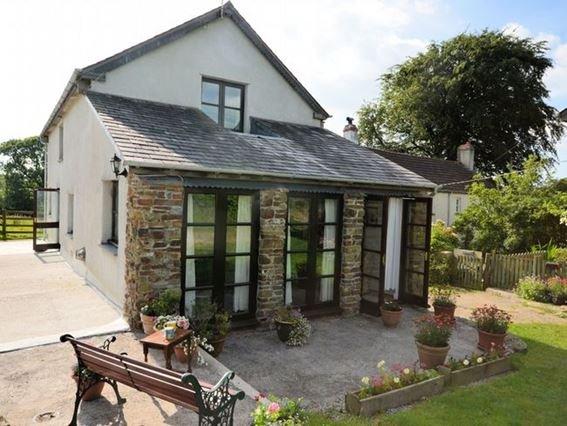 View towards the property - APPLA - Devon - rentals