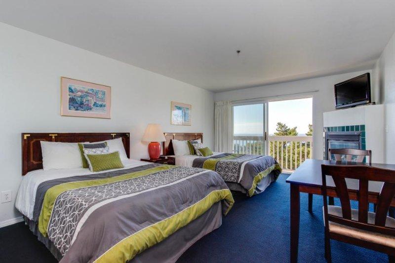 Dog-friendly condo boasts ocean views, easy beach access & more! - Image 1 - Lincoln City - rentals