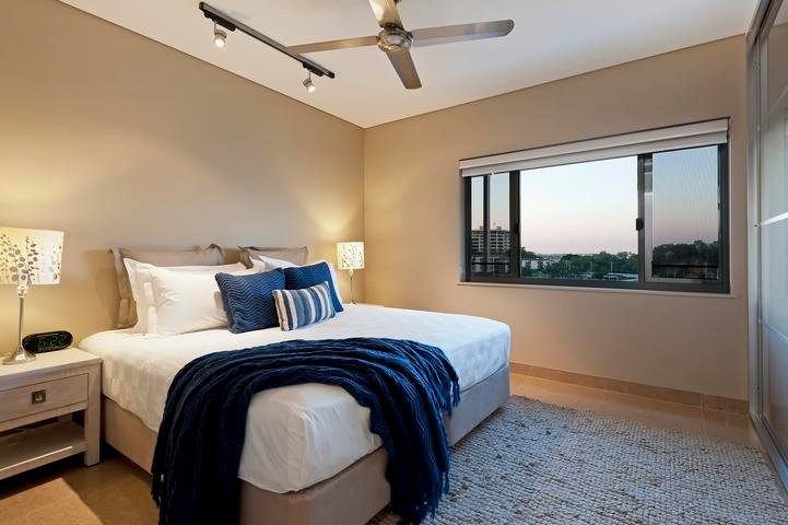 Darwin Waterfront Luxury Suites - 1 Bedroom & FREE CAR Sleeps 3 - Image 1 - Darwin - rentals