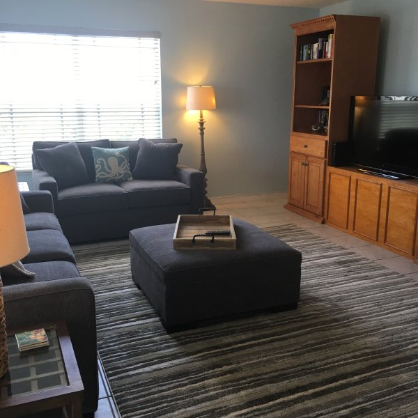 Great room with open concept to include kitchen and dining area - 3BR/2BA Beautiful Beach Location - Indian Rocks Beach - rentals