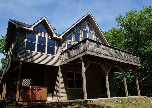 "Beaver Creek - ""Beaver Creek"" 6 Bedroom Mountain Lodge with Incredible Winter Views, Hot Tub - World - rentals"