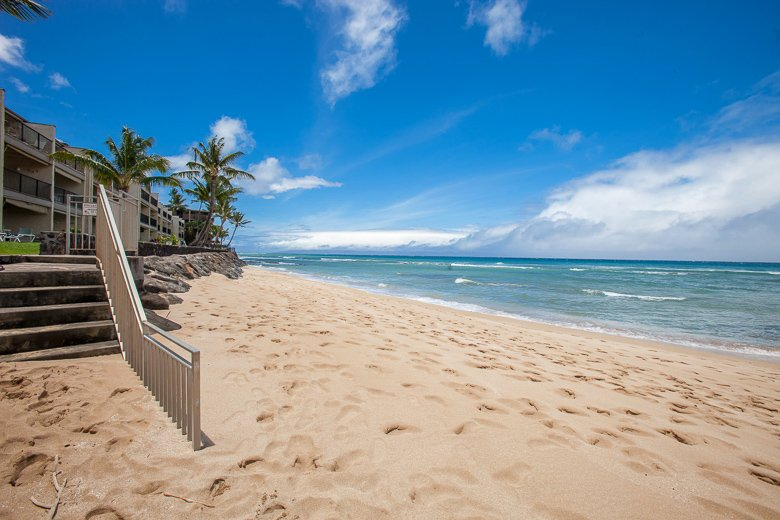 Lokelani---As Close to the Water As You Can Get!! - Image 1 - Lahaina - rentals