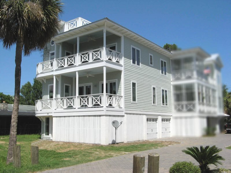 #1506-A 5th Avenue - Modern and Spacious - FREE Wi-Fi - Image 1 - Tybee Island - rentals