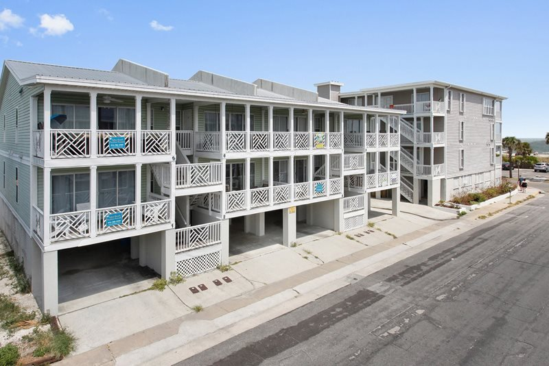 South Beach Ocean Condos - North - Unit 1 - Just Steps to the Beach - Ocean View FREE Wi-Fi - Image 1 - Tybee Island - rentals