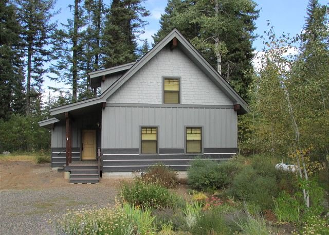 Northview Cabin- Mountain Style home in Spring Mtn. Ranch with amenities - Image 1 - McCall - rentals