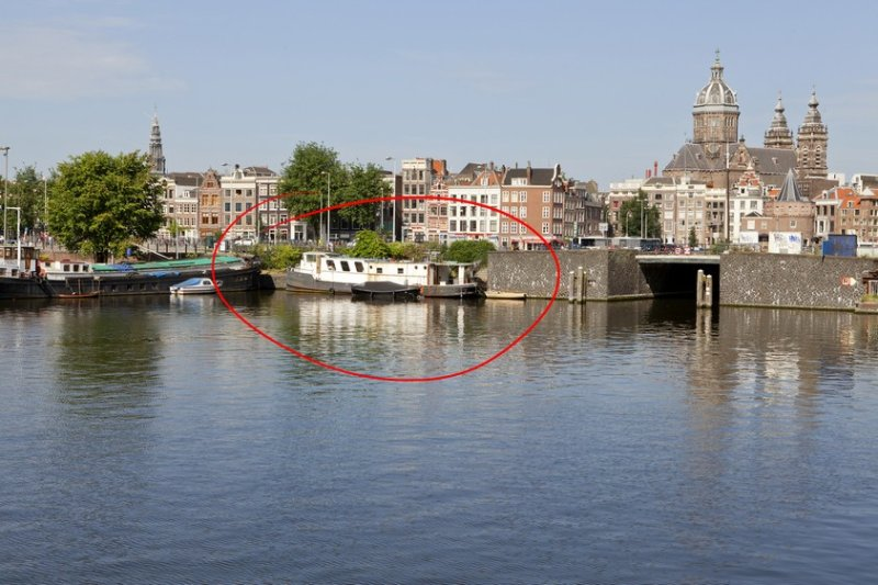 Houseboat in Center - Image 1 - Amsterdam - rentals