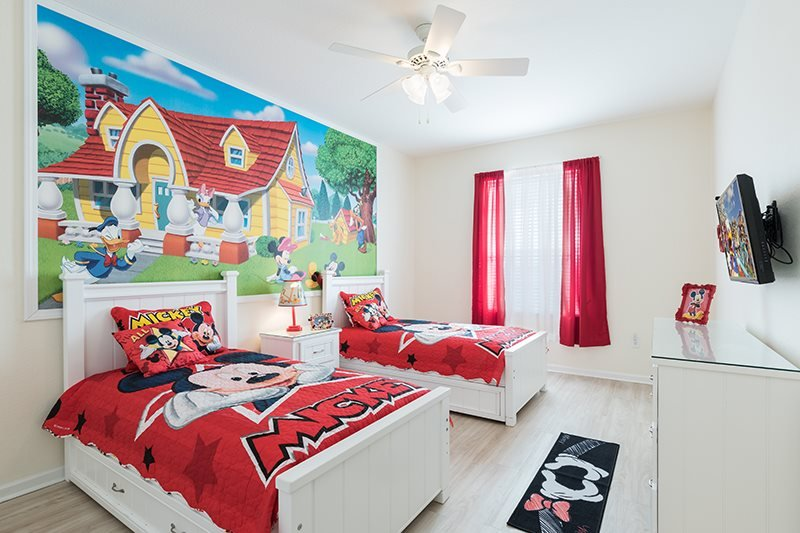 Fantasmic | Top Floor Condo, Located in Bldg 6 with New Flooring, & Fun Mickey Mouse Themed Bedroom - Image 1 - Four Corners - rentals