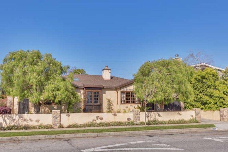 Furnished 4-Bedroom Home at Washington Blvd & Beethoven St Los Angeles - Image 1 - Los Angeles - rentals