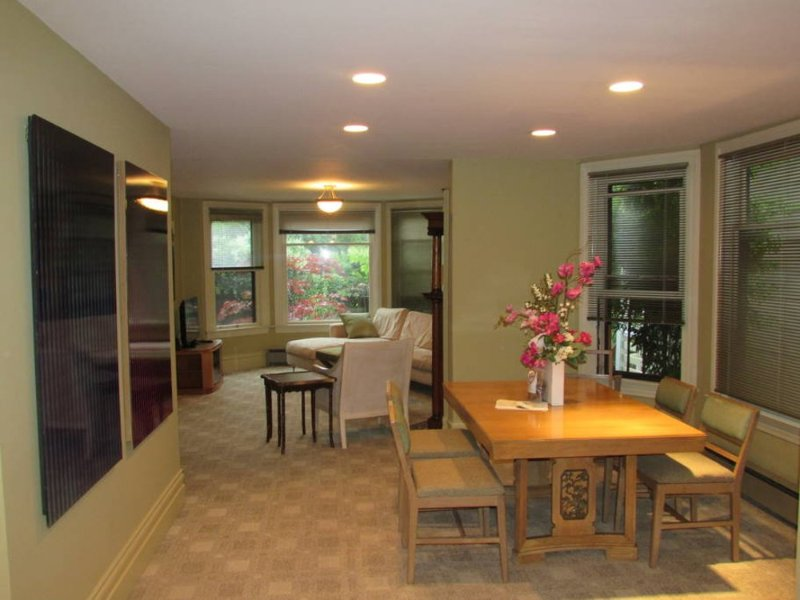 Furnished 2-Bedroom Apartment at E Pine St & 13th Ave Seattle - Image 1 - Seattle - rentals