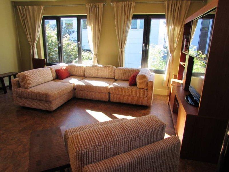 Furnished 2-Bedroom Apartment at E Olive St & 13th Ave Seattle - Image 1 - Malden - rentals