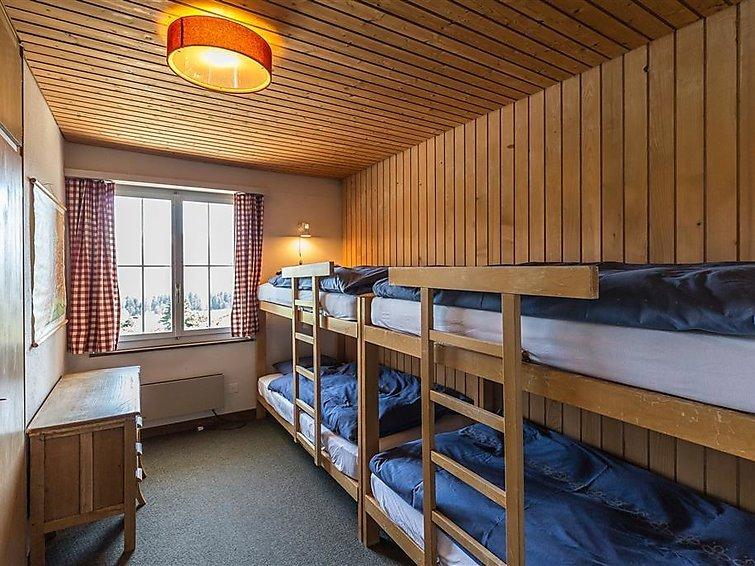 4 bedroom Apartment in Schonried, Bernese Oberland, Switzerland : ref 2297075 - Image 1 - Schönried - rentals