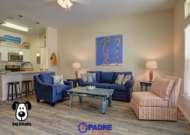 Living area, now has a recently added recliner - Come enjoy this luxurious poolside Townhouse that's just steps off the beach - Corpus Christi - rentals