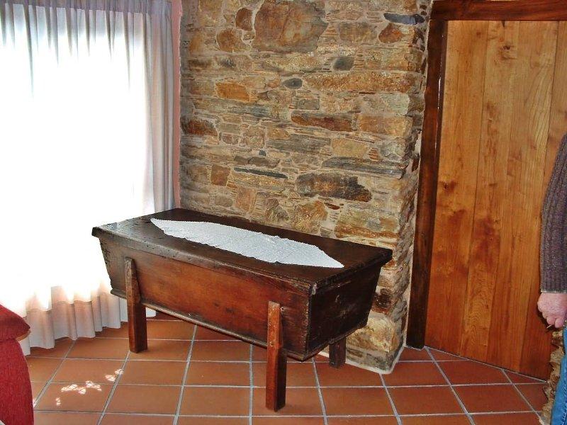 Delightful rustic stone house in a rural area near the coast - Image 1 - Cedeira - rentals