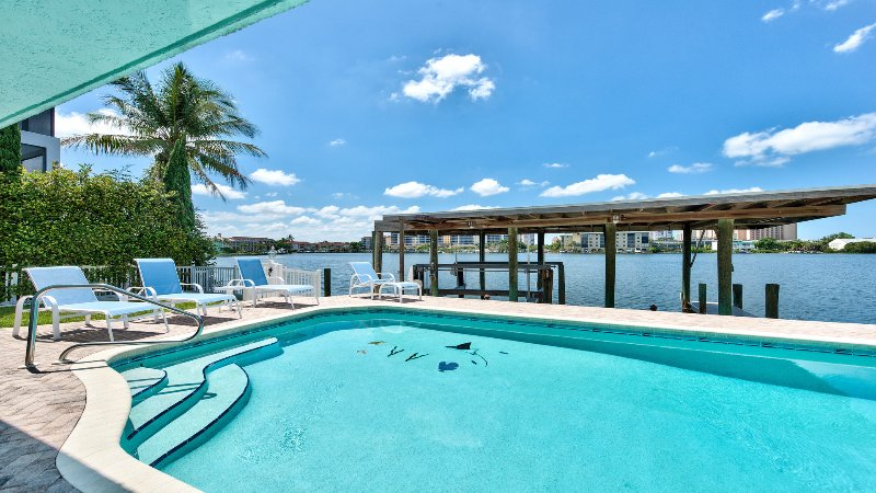 Canal Grande Waterfront Vacation Rental Naples Florida Vacation Homes - Spacious Bay Front Home - Watch The Dolphins - Naples - rentals
