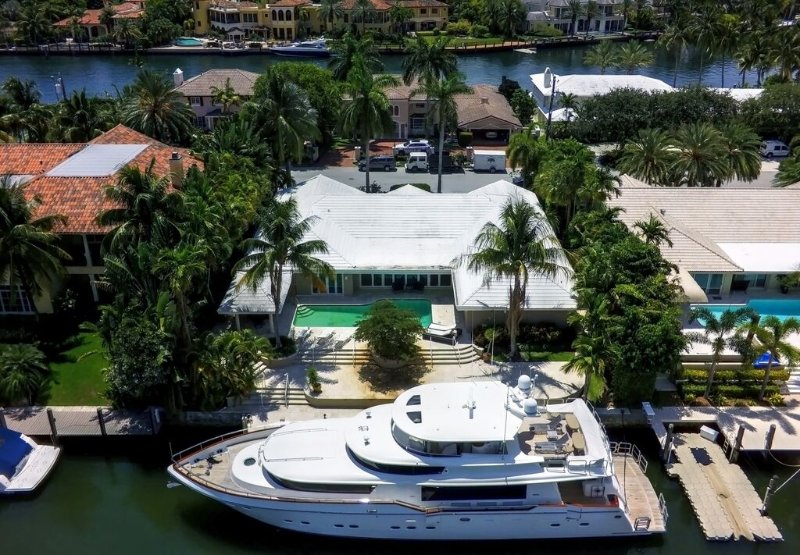 5 BR waterfront home in Harbor Beach. HOT DEAL!! - Image 1 - Fort Lauderdale - rentals