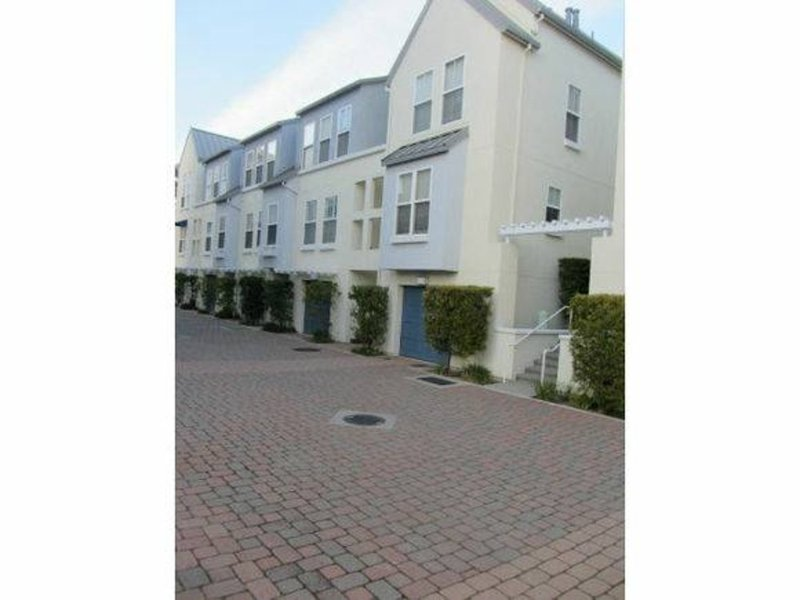 LOVELY 2 BEDROOM APARTMENT - Image 1 - Foster City - rentals