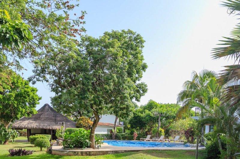 Casa Mayab, a tranquil house in Playacar - Image 1 - Playa del Carmen - rentals